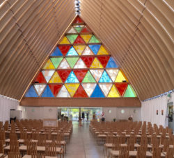Cardboard Cathedral: reconstruction using timber beams, containers and 96 cardboard tubes: Photo: mrpbps, www.flickr.com