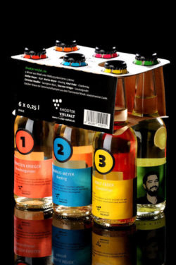 Six different wines from five young vintners in glass as a six-pack for tasting. © Rhodter Vielfalt