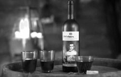 19 villains can be brought to life with Augmented Reality on the labels of 19 Crimes wine bottles. Photo: 19 Crimes