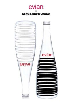 Full of contrasts – just like New York where Alexander Wang studied at the Parsons Design School. The lines of barcode and the spaces between them symbolise the perfect elegance and purity of evian®.