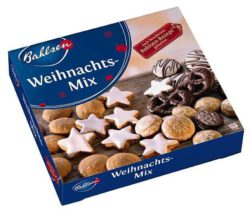 For Germany's gingerbread and chocolate manufacturers the autumn months are a highly lucrative season, second only to the pre-Christmas period. Photo: Bahlsen Christmas Mix, 500g. © Bahlsen GmbH & Co.
