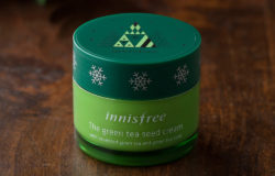 "South Korean cosmetic brand innisfree focuses not only on ""green ingredients"" but also on Xmas motifs on its packaging. Photo: Innisfree Corporation"