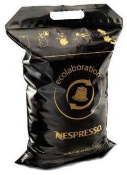 Paper recycling bags are designed to help achieve the company's goal by 2020. © Nestlé Nespresso SA