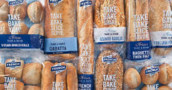 With pre-packed bakery products content declarations concerning ingredients and sell-by-dates must be observed.  Photo: 5IVE