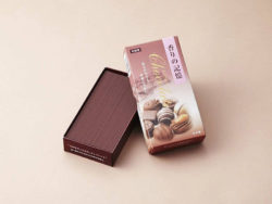 For chocolate fans – 100% calorie-free. Incense sticks with chocolate fragrance for Valentine's Day. Photo: Koukando