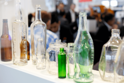 The glass container sector is enjoying stable figures and a positive outlook. Photo: C.Tillmann/Messe Düsseldorf